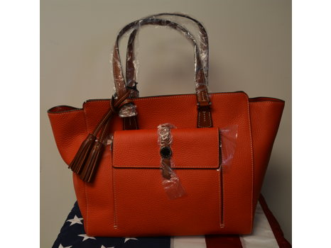 Dooney & Bourke East West Shopper