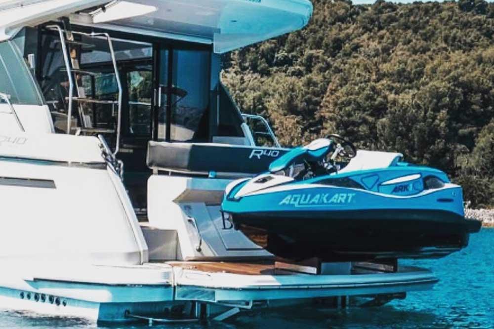 aquaracekart on boat