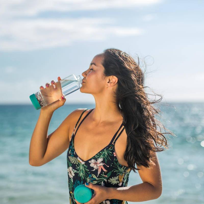 DIY Edelsteinwasser inu! Flaschen von VitaJuwel exklusiv mit Biopersonalisierung®