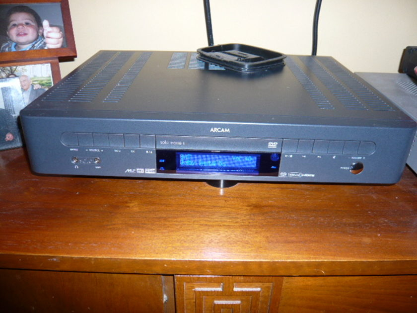 Arcam  Solo 5.1 Excellent, Light Use, A-stock