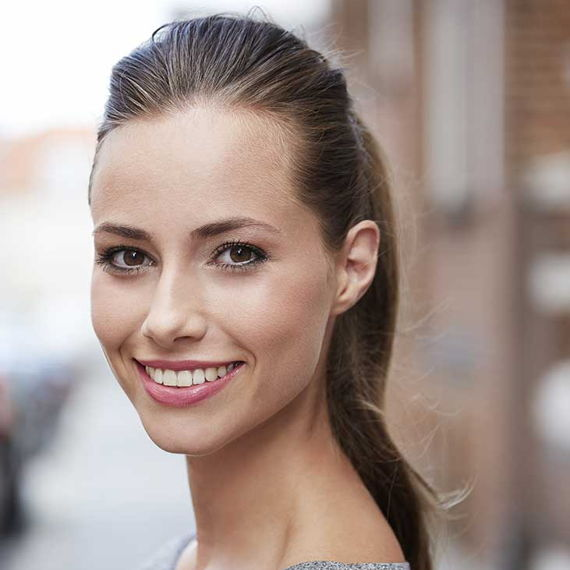 woman with puffed up ponytail