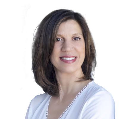 Gina Cirino  Real estate agent RE/MAX ROYAL (JORDAN)