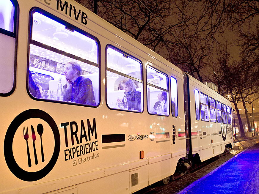 Lasne - Travel diary: The Tram Experience, an original and timeless way to dine