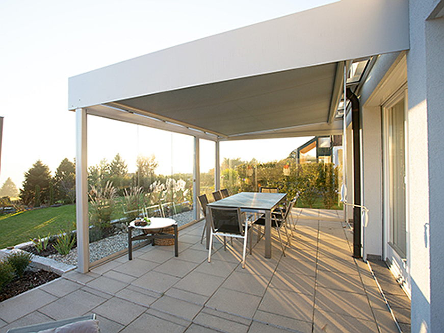 Riccione - A cosy outdoor space in your new home: home builders spoilt for choice when choosing between conservatory, loggia, balcony and roofed terrace.
