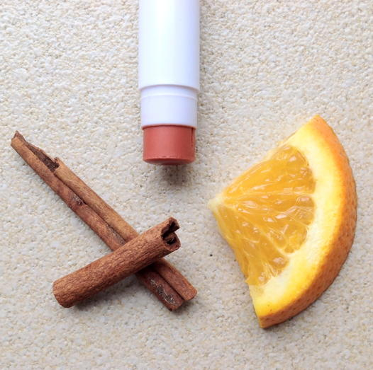 бальзам для губ апельсин и корица LABIA