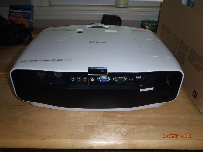 Epson 5030UB 3D Projector
