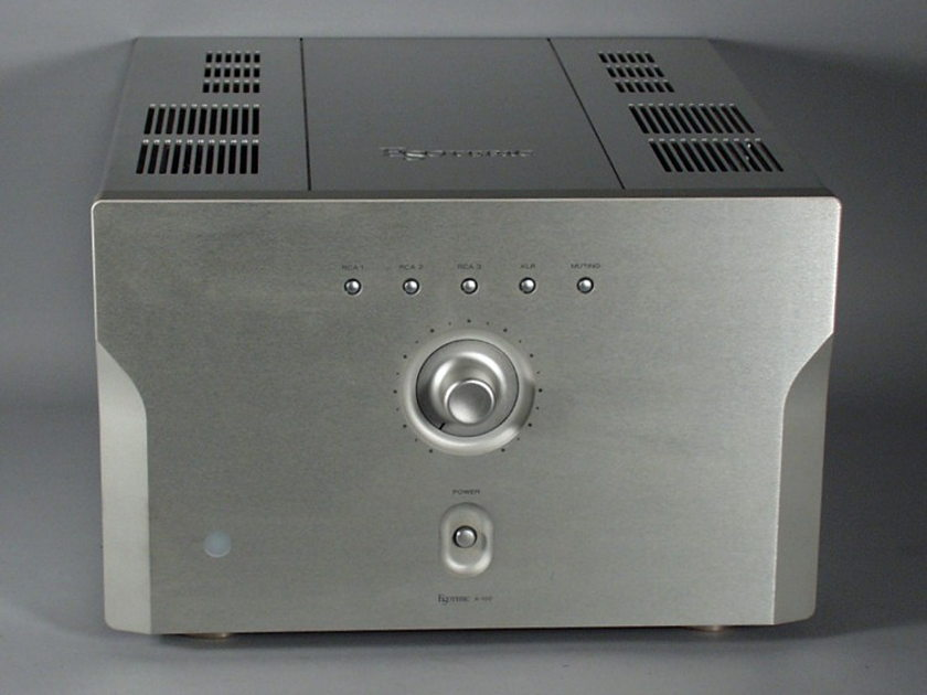 "Esoteric A-100 ""Good as it gets"" Tube Integrated Amplifier"