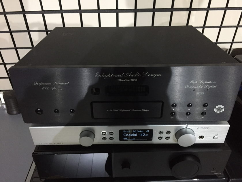 EAD Ultradisc 2000 CD Player Transport Black With Remote Ship Paypal Included Reduced