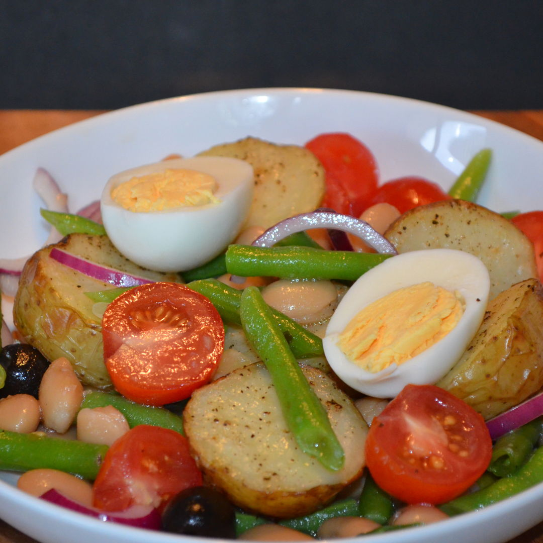 Date: 21 Apr 2020 (Tue) 106th Main: Veggie Niçoise Salad with Butter Beans & Golden Potatoes [314] [157.5%] [Score: 9.0] Cuisine: French Dish Type: Main