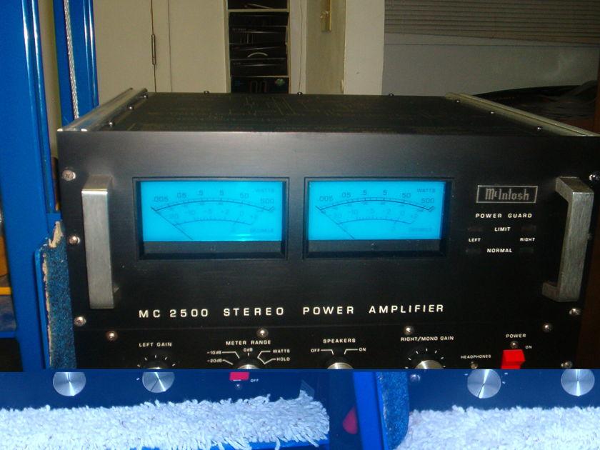 Mcintosh MC 2500 500w x2 power amplifer - mint