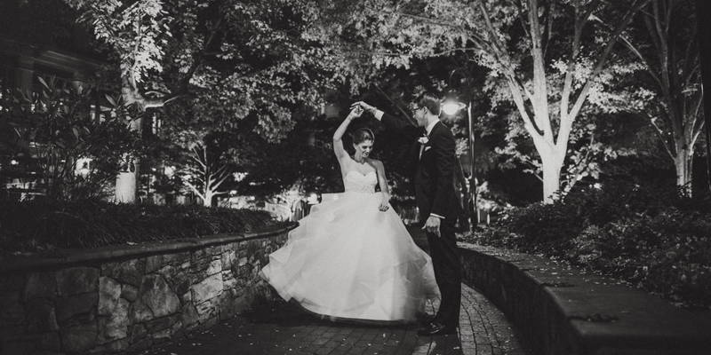 Traditional Ceremony + Modern Reception = Stunning wedding Photos
