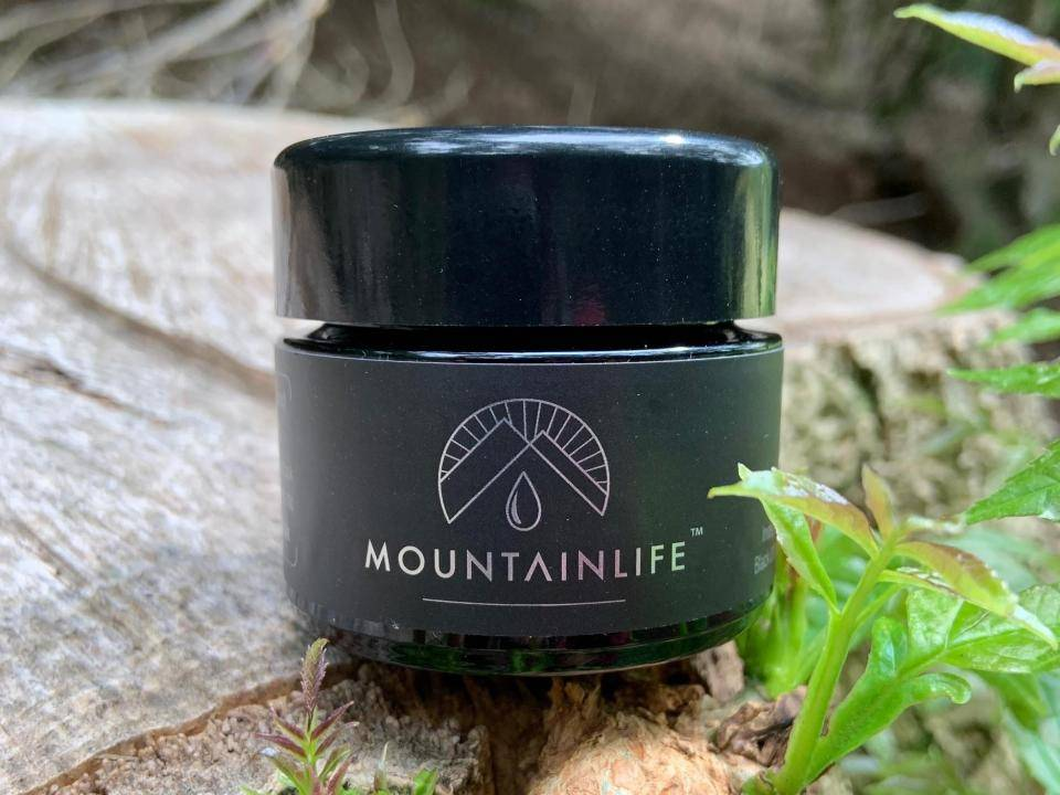 30g jar of Mountainlife uk shilajit