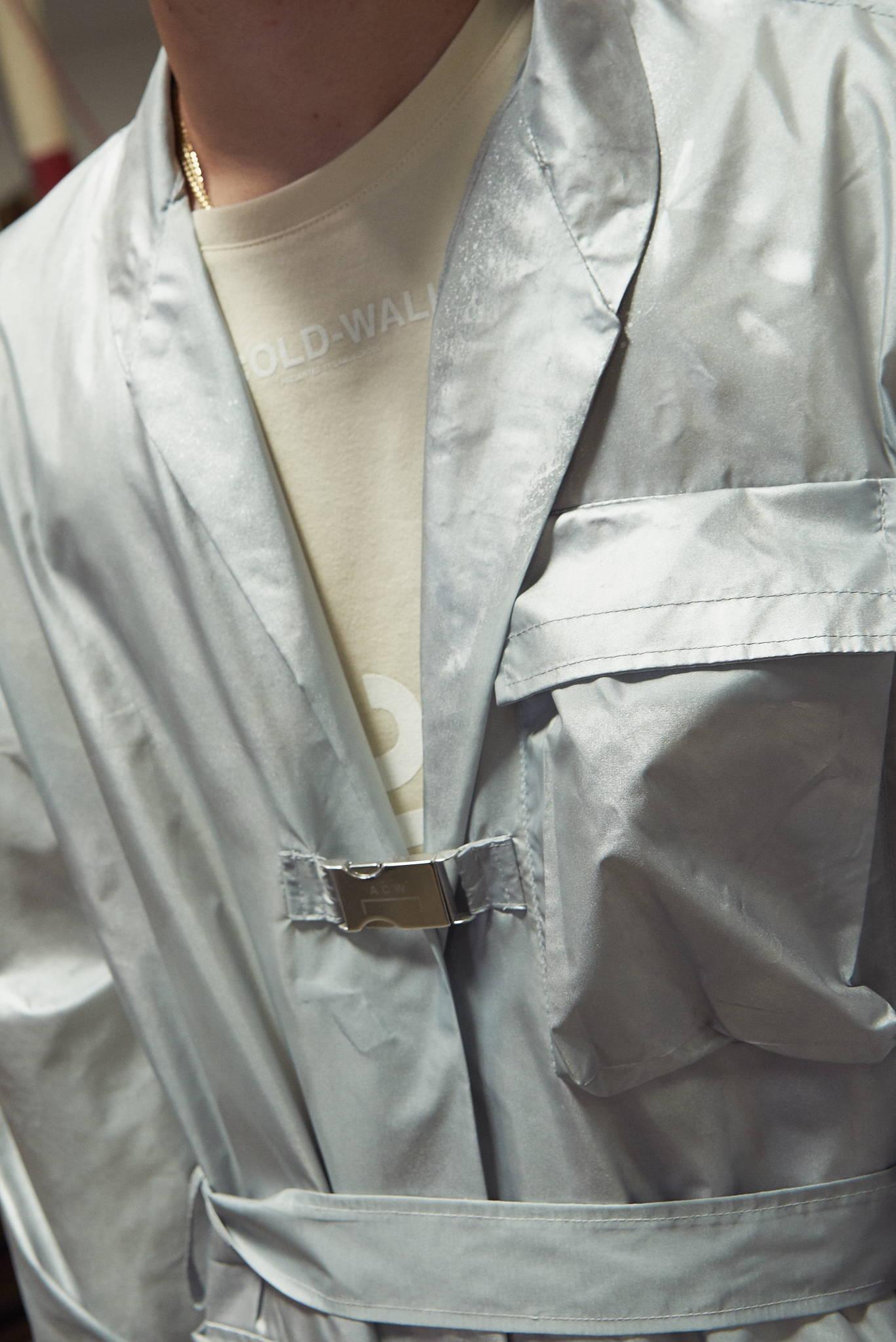A Cold Wall fall winter 17 men's silver windbreaker buckle coat- HLorenzo