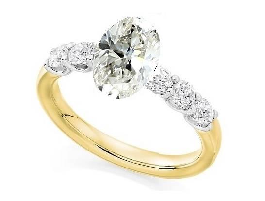 Bespoke oval cut diamond ring - Pobjoy Diamonds