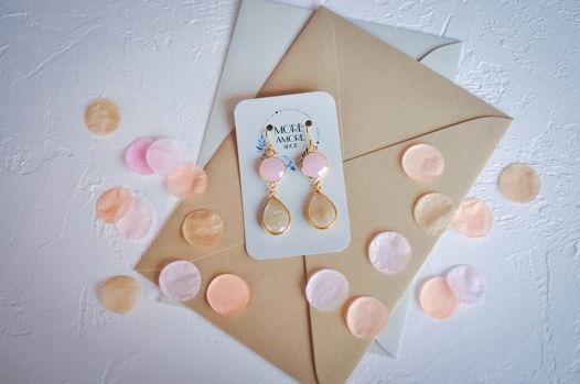 Розово-кремовые серьги