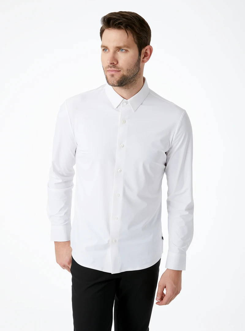 Young Americans 4-Way Stretch Shirt