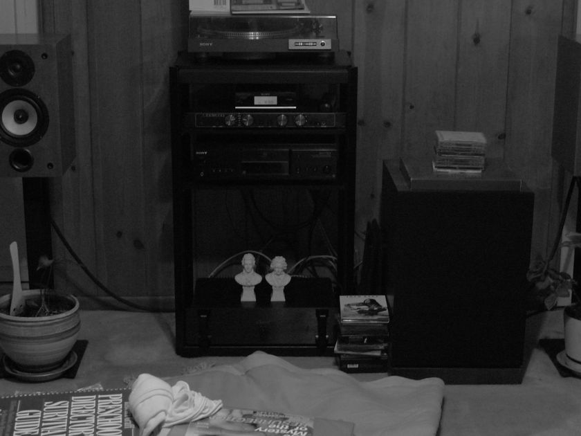 Joseph Audio RM7si Bookshelf speakers