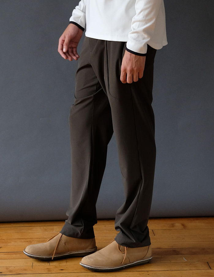 URBAN – AN EXTREMELY INNOVATIVE & ELEGANT TECH TRAVEL PANT