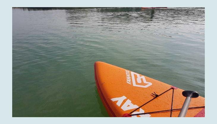 wake beach surfboard