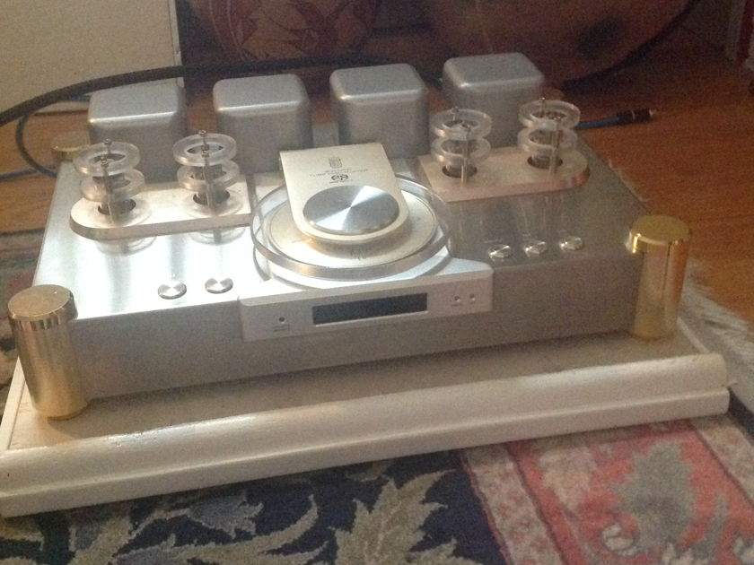 Shanling Audio TS 200 SACD tube and solid state