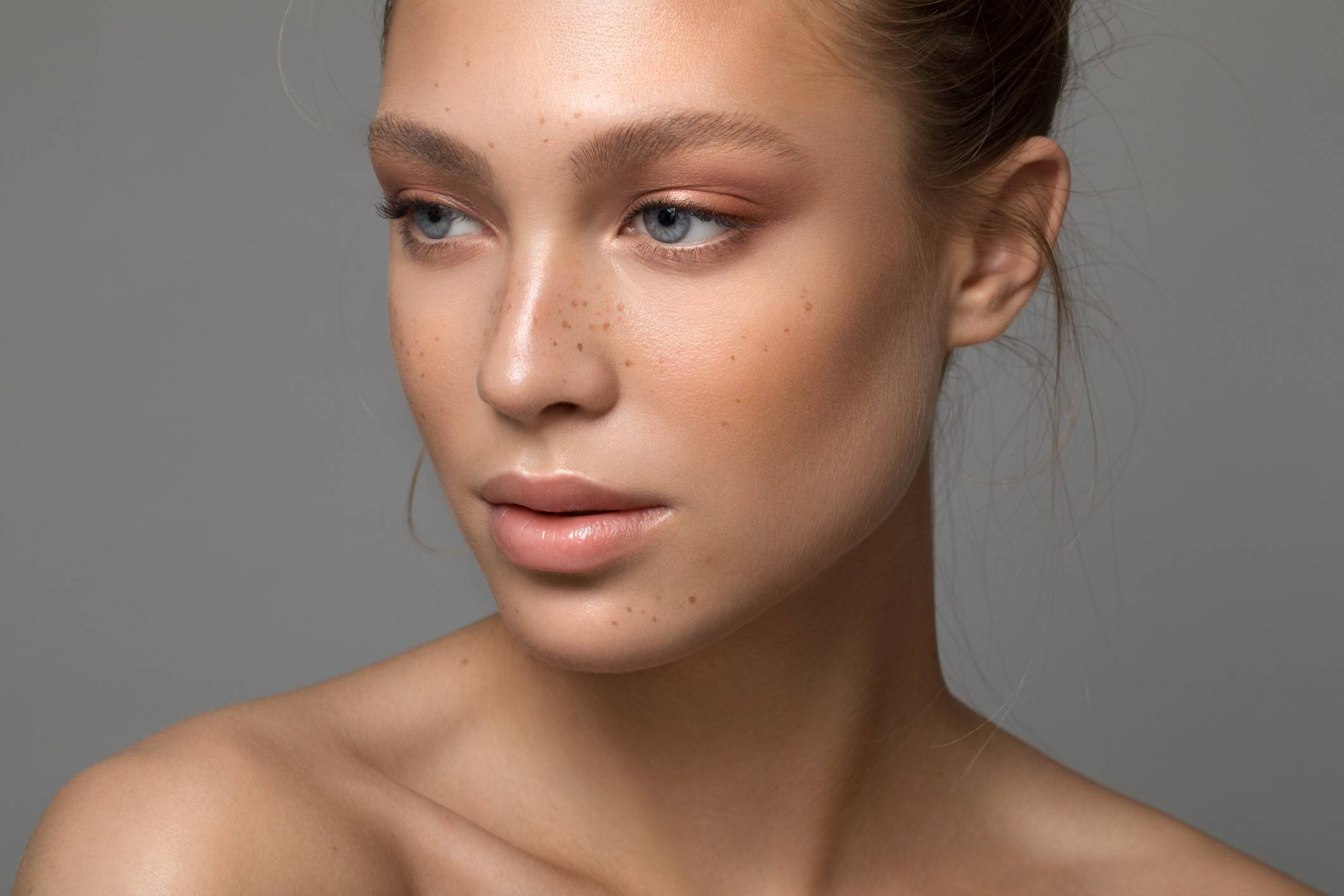 Enlarged pores treatment at the skin clinic