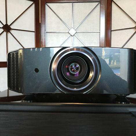 JVC DLA-X950R