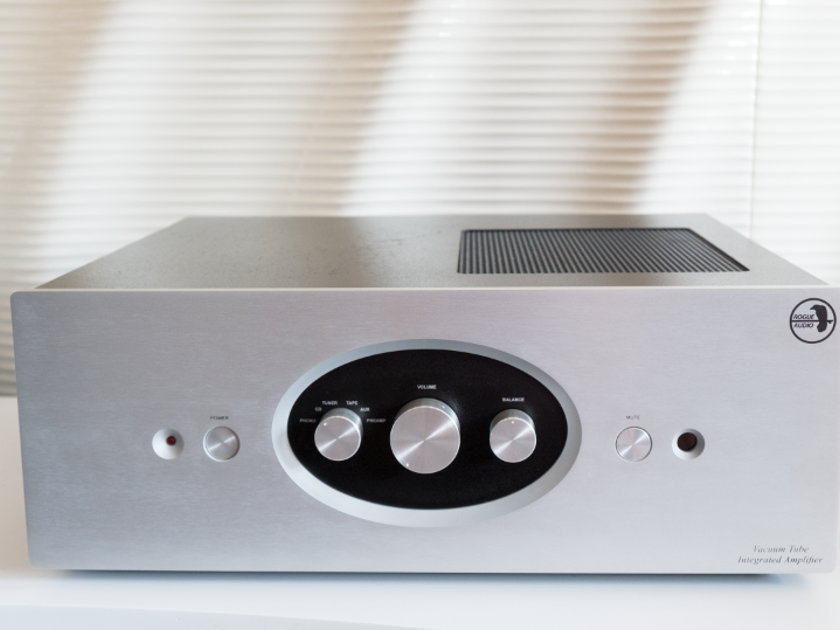ROGUE AUDIO TEMPEST  INTEGRATED AMPLIFIER - TRIODE OR ULTRALINEAR