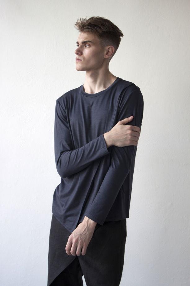Мужской лонгслив с асимметричным кроем / серый графит