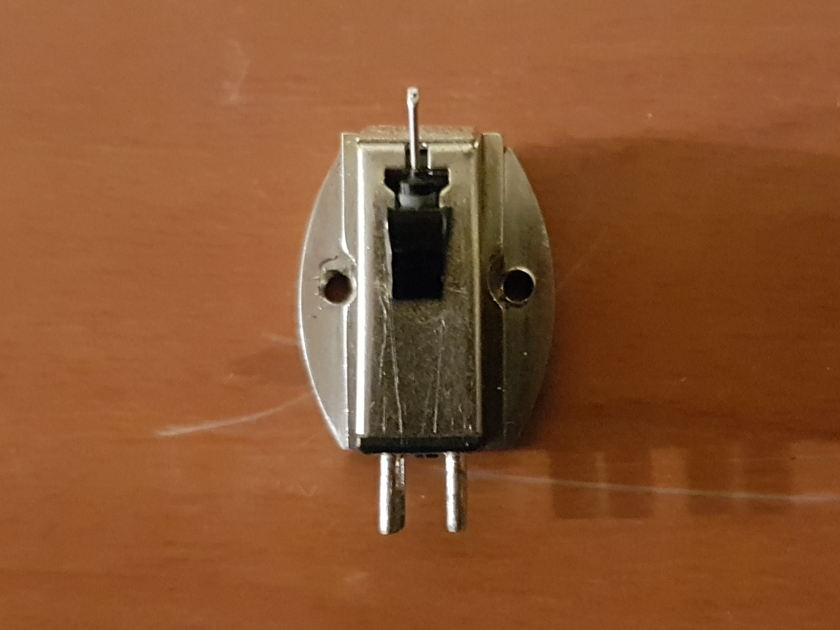 Clearaudio Aurum Beta S Metal Moving Magnet Cartridge. Reduced price.