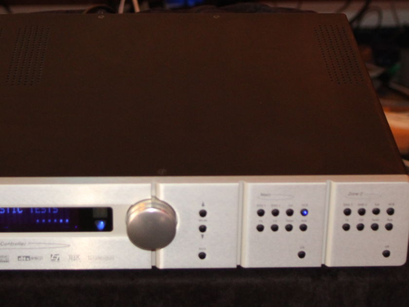 Lexicon MC-8  Home Theater Processor!