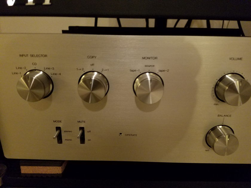 Air Tight ATC-2 STEREO LINE-CONTROL PREAMPLIFIER