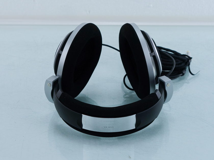 Sennheiser HD-800 Headphones (9899)