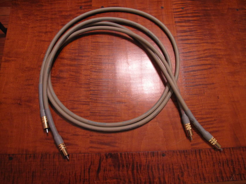 Cardas  Neutral Reference  1.5M RCA