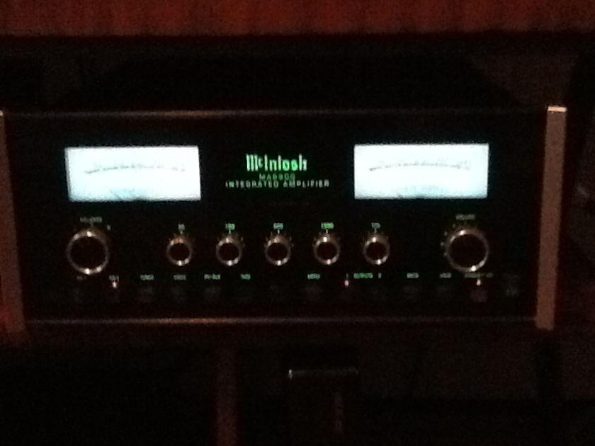 Mcintosh MA6900 Beautiful Intergrated amp.