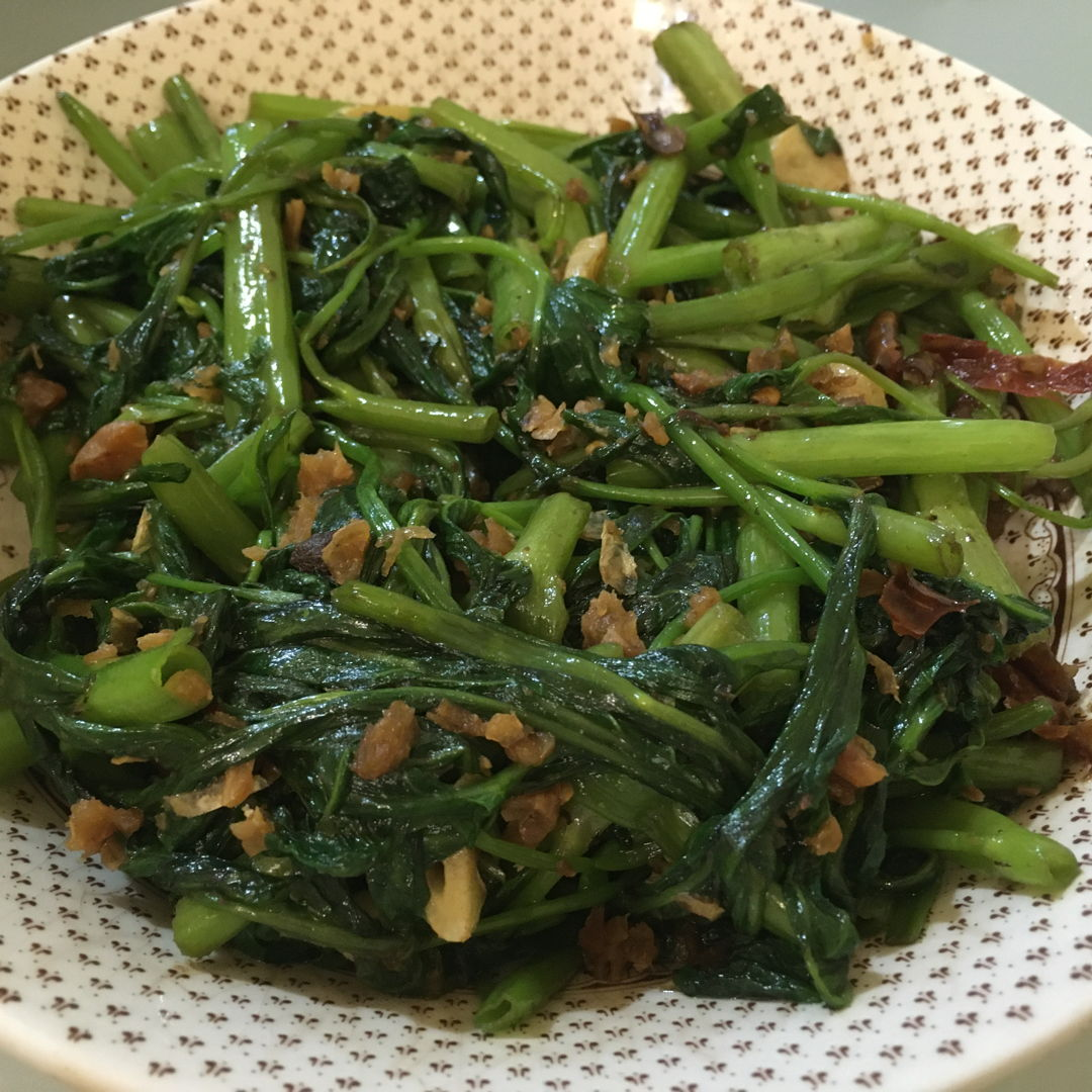 Kangkung belacan yummy added more chilli padi for more kick
