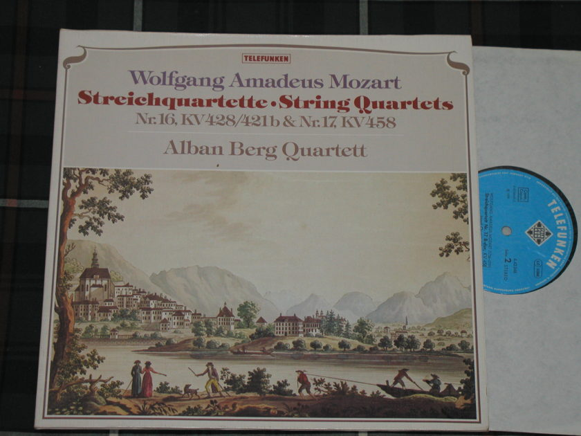 "Alban Berg Quartett  Mozart String Quartets  - Nr. 16 & Nr.17 KV458 Telefunken 6.42348 AW  GERMAN pressing ""Gatefold Cover"""