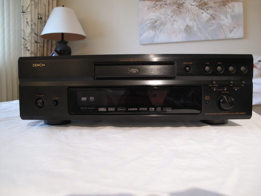 Denon DVD-3930CI Universal DVD Player