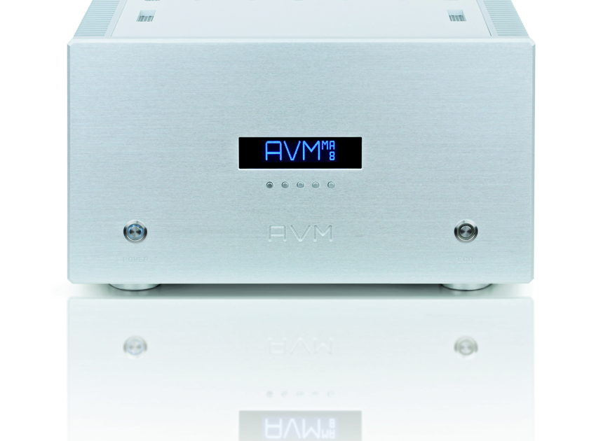 AVM AUDIO GERMANY SA8.2 TAS PRODUCT OF THE YEAR!