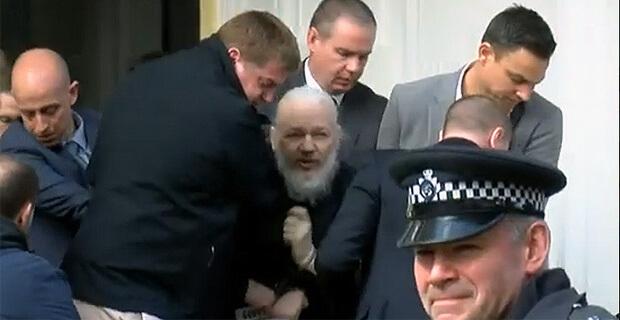 Британская полиция задержала основателя WikiLeaks Джулиана Ассанжа - Новости радио OnAir.ru