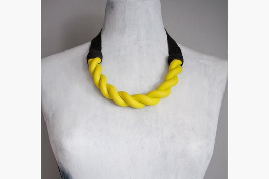 "Колье желтого цвета ""Plait Electric Yellow"""