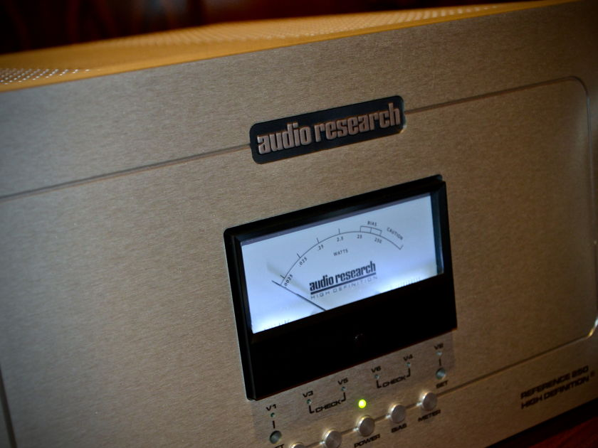 Audio Research Reference 250 Monoaural Amplifier (Pair) **NEW LOWER PRICE**