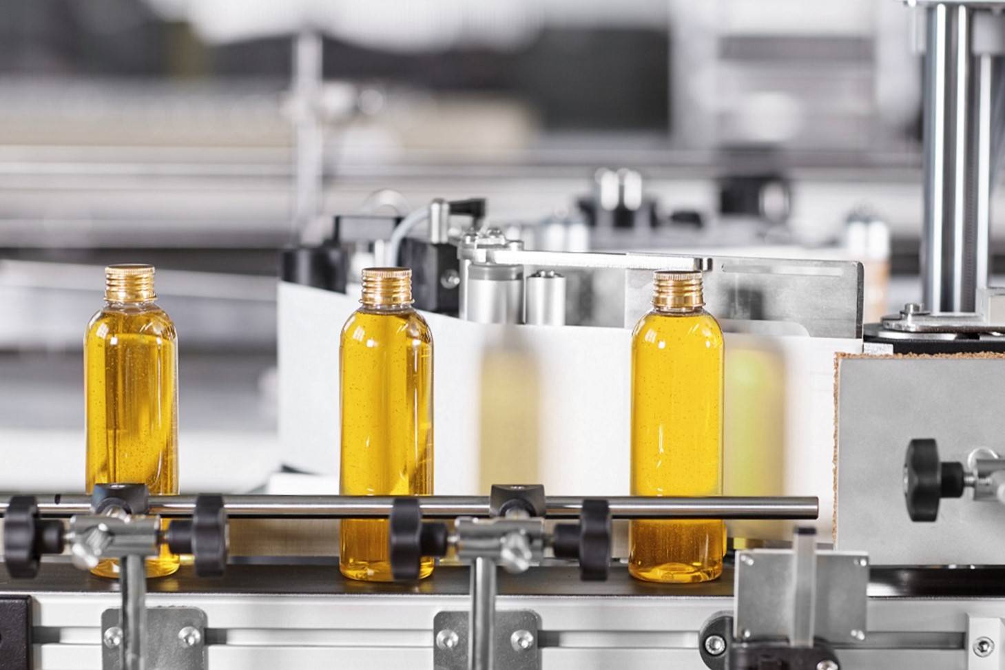 Creative Essences Supplement Manufacturing & Cosmetic Manufacturing