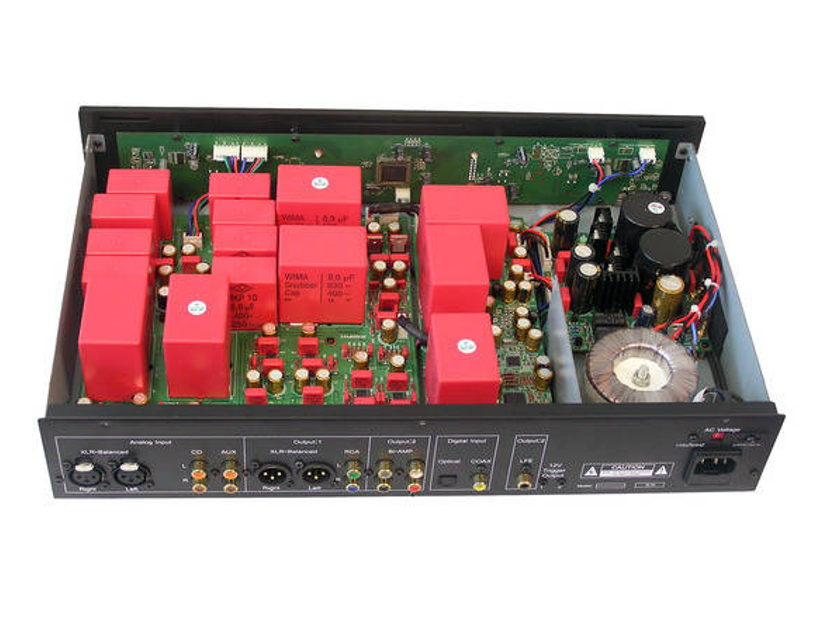 Jaton RC2000P Operetta Stereo Pre-Amplifier