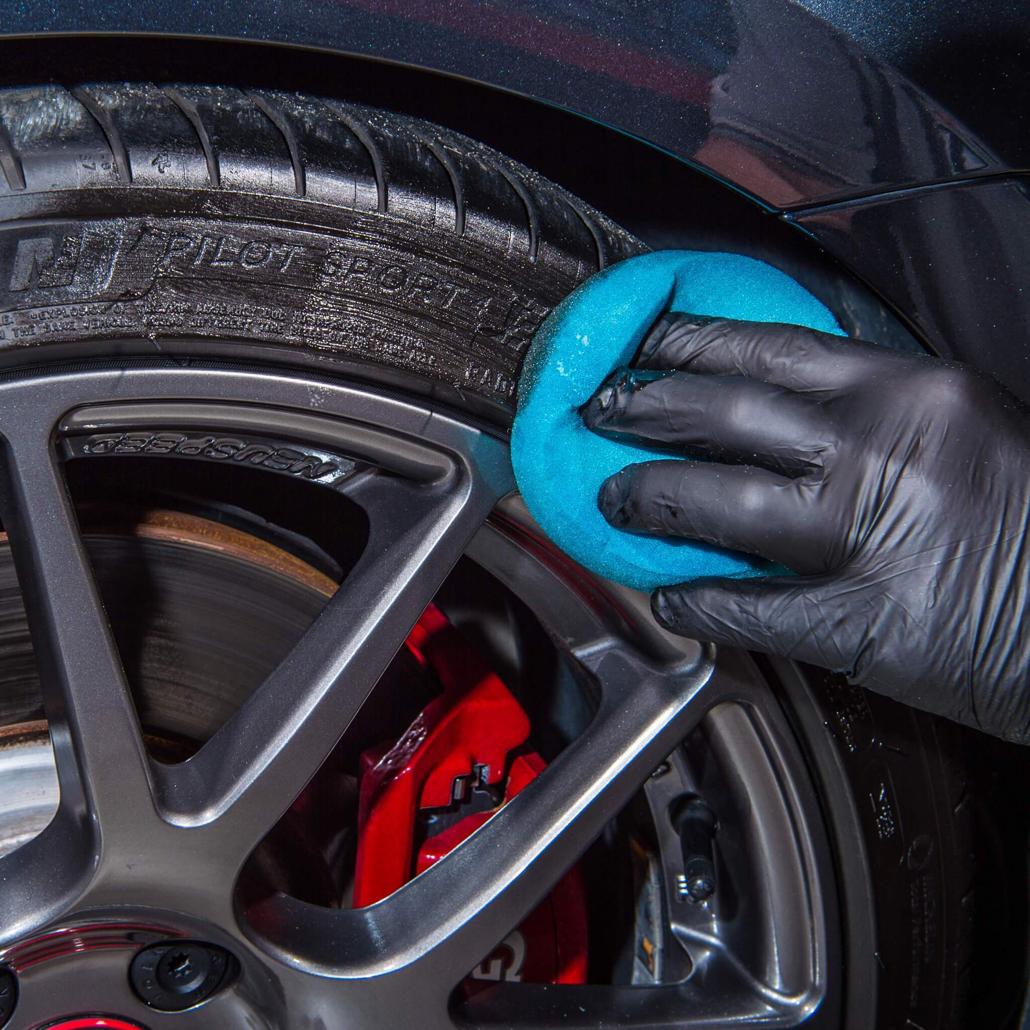 Britemax Xmas Deal 7 Buy any 2 wheel and tyre products and add a detailing brush FREE