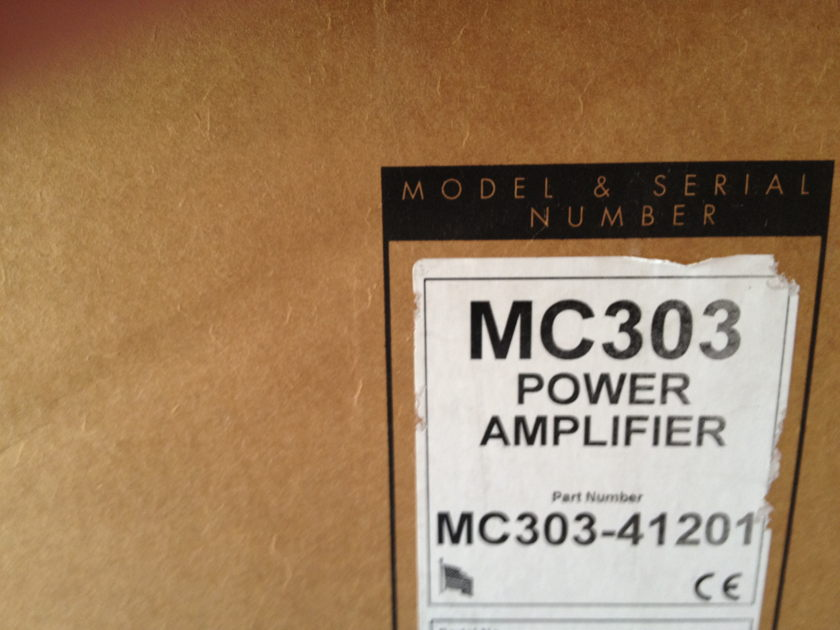 McIntosh MC303  3mths old, Orig Owner, Box-Manual, New condition