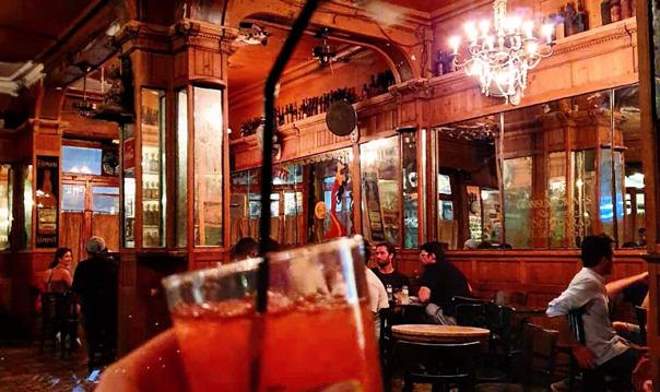 Уникальные бары Барселоны