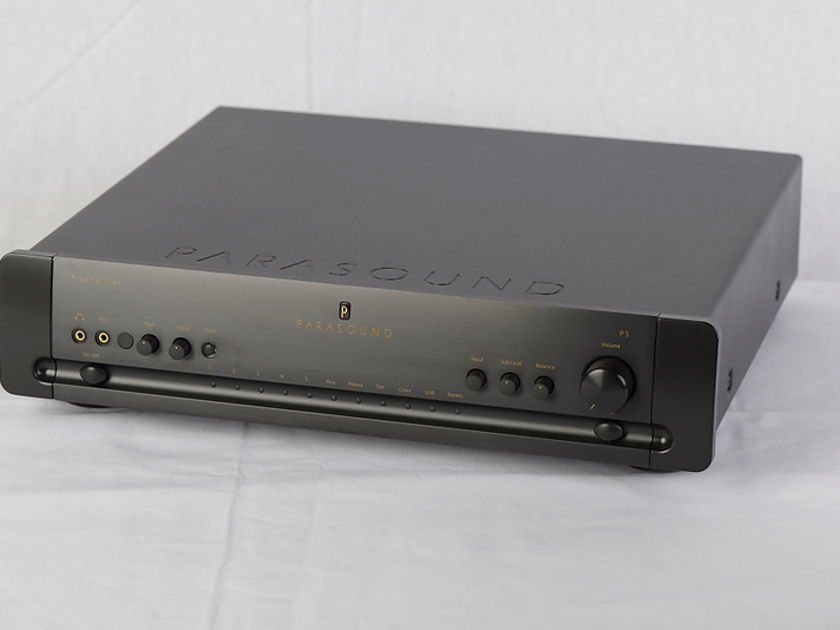 Halo By Parasound P-5 2.1Stereo Pre-amp w/ DAC & Phono Black (Dealer Demo)