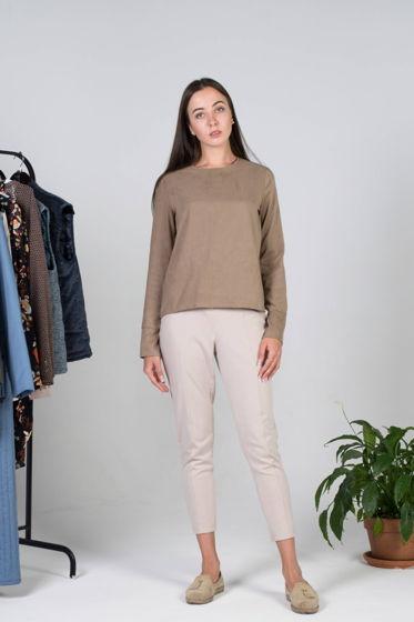 Пуловер с замшевой фактурой
