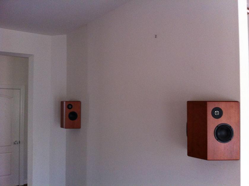 Totem  Lynks Surround Speakers