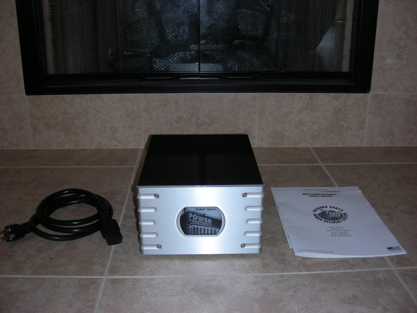 Richard Gray RGPC 600s w/ Tara Labs Prism AC Special 6'  powercord Immaculate condition!!!